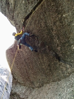 Last pitch of Los Manos, Variation roof crack finish